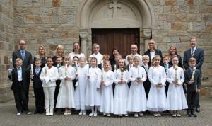 Erstkommunionkinder in St. Mariä Heimsuchung in Hauenhorst Christi Himmelfahrt 2015