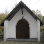 Friedhofshalle in Elte