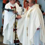Regionalbischof Dr. Hegge ernennt Pfr. Walter Groß zum leitenden Pfarrer