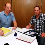 Roger Kösters und Marco Vorholt vom Wallfahrtskomitee