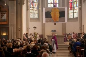 Weihbischof Dr. Hegge predigt
