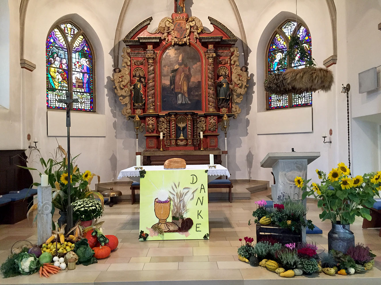 Erntedank Dekoration Kirche